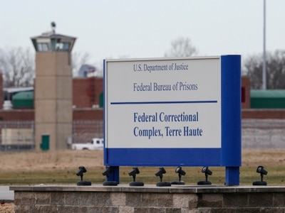 US to proceed with first federal execution in almost 20 years