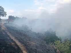 Spate of grass fires as heatwave leaves farmers worried
