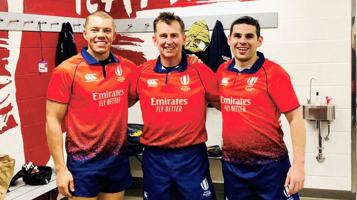 Adam Jones, right, with Craig Evans and Nigel Owens