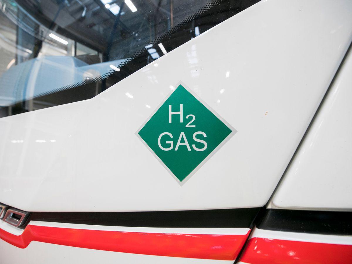 Hydrogen fuelled vehicle