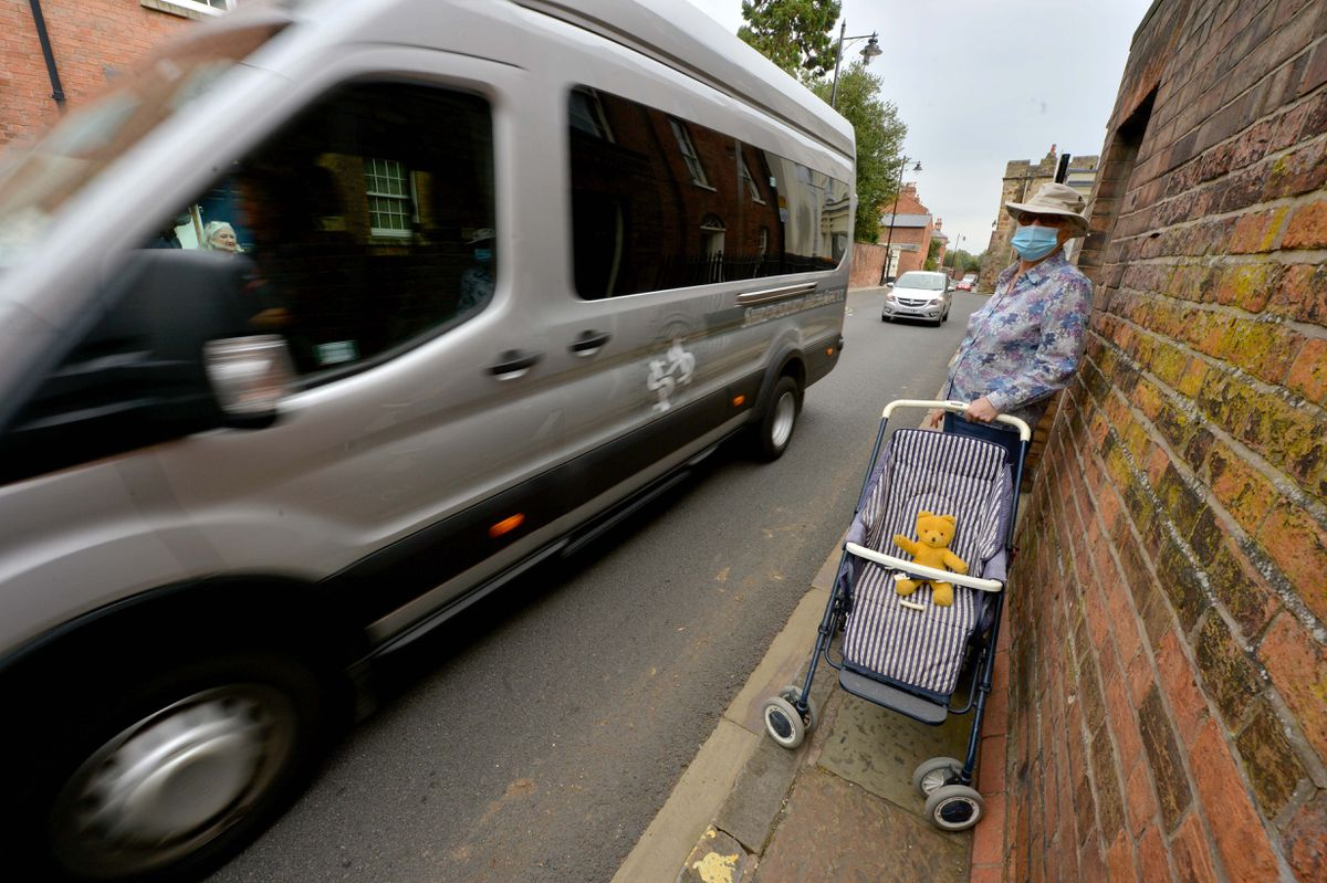 Lucy Shrank demonstrates how hazardous Town Walls can be for pedestrians
