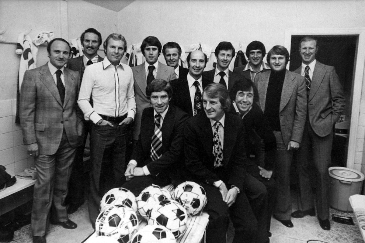 Banks and fellow 1966 legends at Telford United in 1976