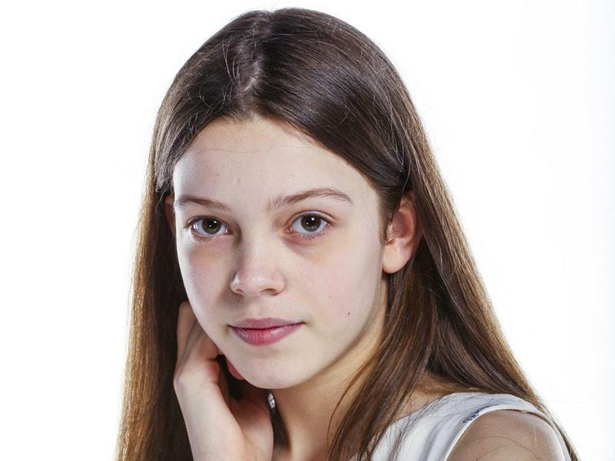 The 16-year old daughter of father (?) and mother(?) Courtney Hadwin in 2021 photo. Courtney Hadwin earned a  million dollar salary - leaving the net worth at  million in 2021