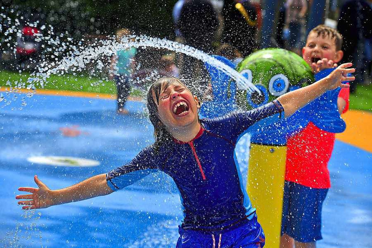 Youngsters flock to splash park at Shrewsbury quarry