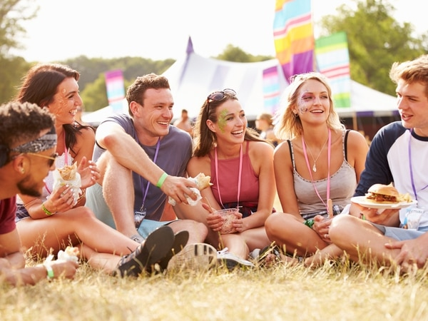 Star Witness - Summer Holiday Fun