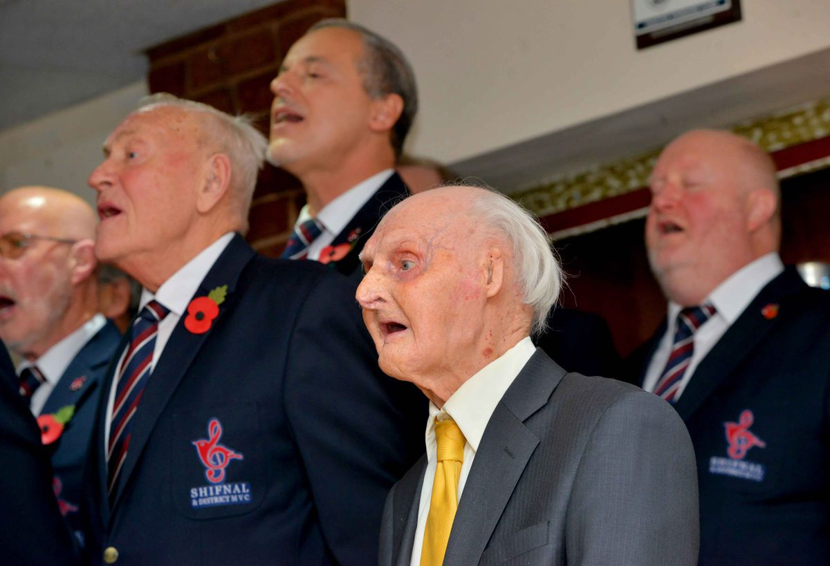 Les singing with Shifnal & District Male Voice Choir.