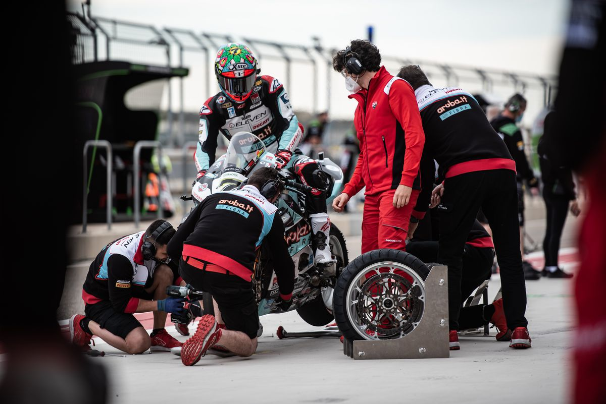 Riders had a difficult time choosing the right tyres. Picture: Gorini Luca