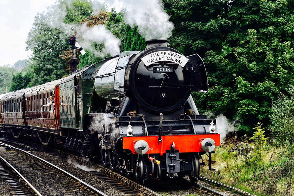 Flying Scotsman in Shropshire: Fans flock to see a true British icon on the Severn Valley Railway