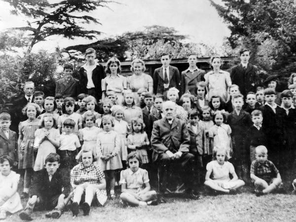 Dot's memories of village Sunday school