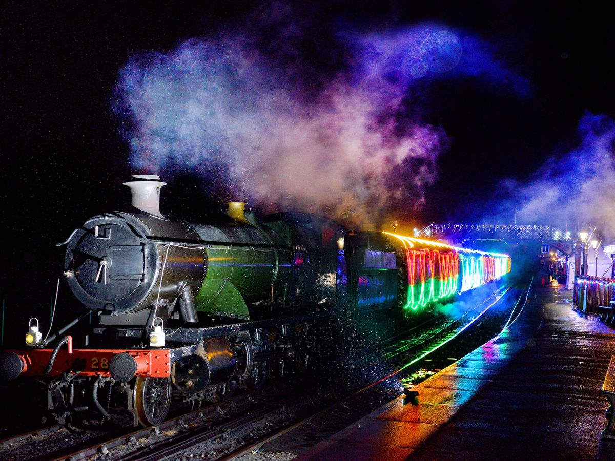 LAST COPYRIGHT SHROPSHIRE STAR STEVE LEATH 10/12/2019..Pic in Bridgnorth at the Severn Valley Railway where they had there Lights and Steam event ( pics taken in torrential rain)..