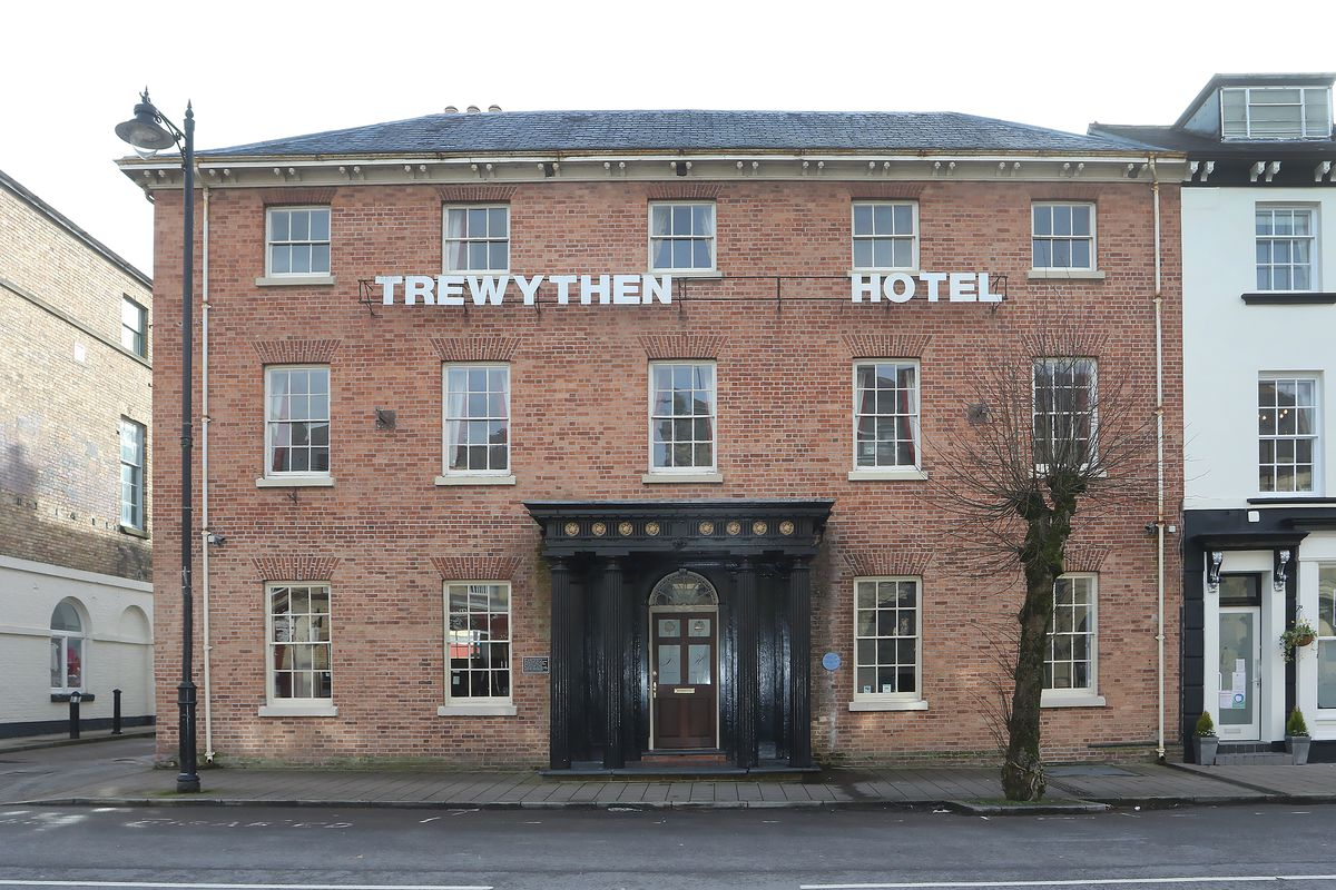 The Trewythen Arms Hotel Llanidloes.Picture by Phil Blagg Photography.