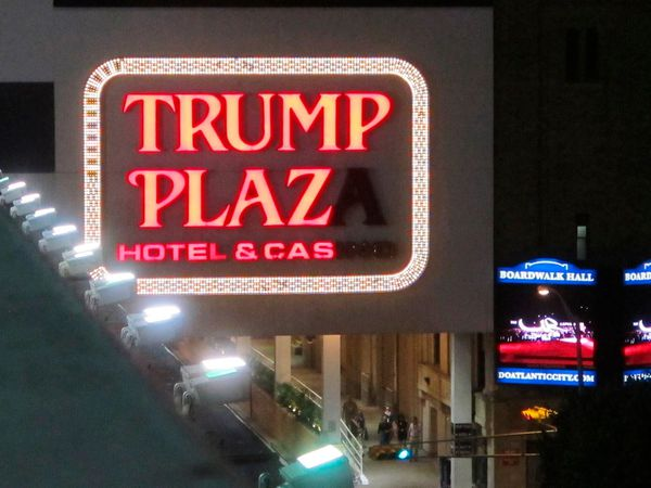 Ex Trump Casino Implosion Auction