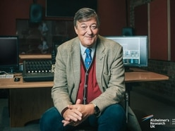 Stephen Fry-hosted Virtual Pub Quiz raises £140,000 for Alzheimer's Research UK