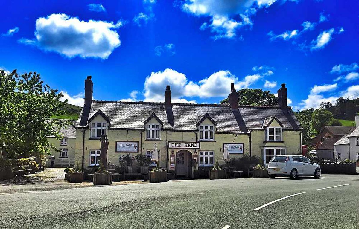 In safe hands – The Hand at Llanarmon