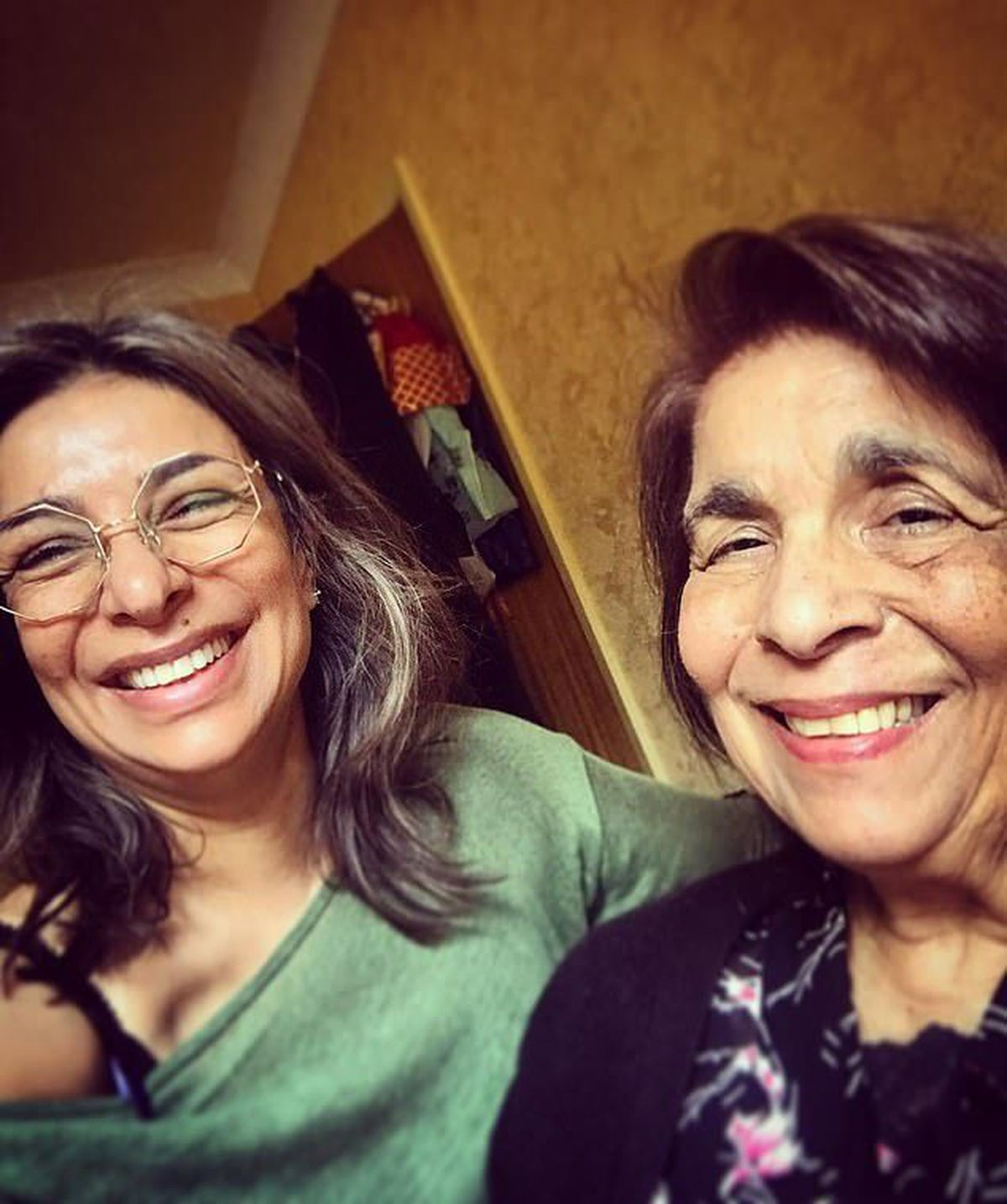 Shobna with her mother. Photo: Shobna Gulati