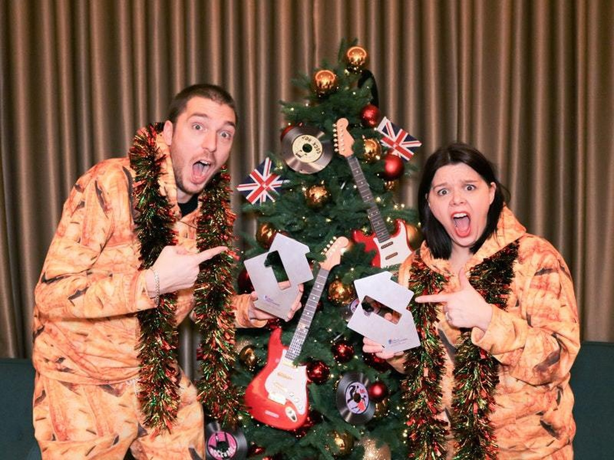 YouTube star LadBaby scores second Christmas number one | Shropshire Star