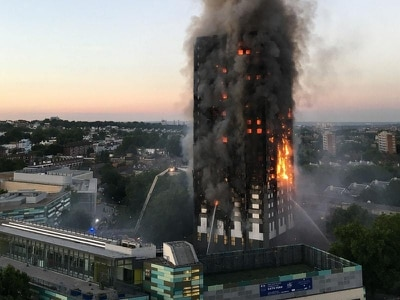Fire expert criticises Grenfell Tower 'stay put' advice
