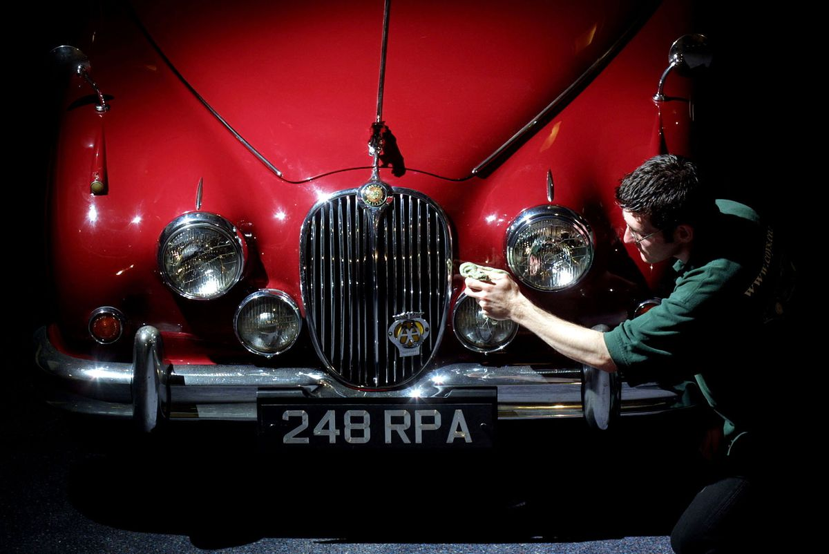 Inspector Morse's MK 2 Jaguar