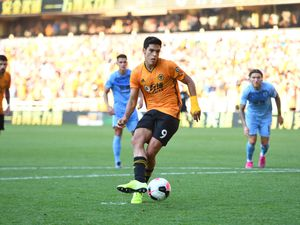 Wolves left it late to earn a point against Burnley (© AMA / Sam Bagnall)