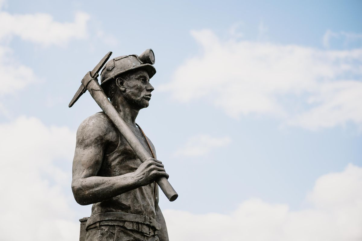 The statue marks the 50th anniversary of the closure of the pit near Ellesmere