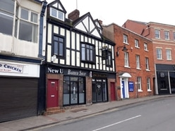 Plans to build two flats behind Wellington pub turned down