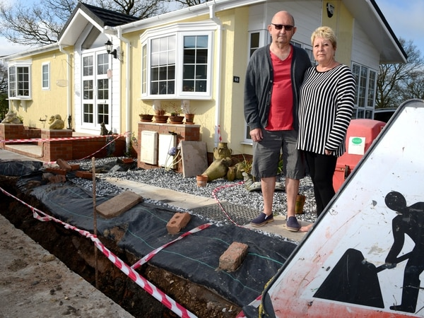 Shropshire couple's anger over month-long gas supply delays