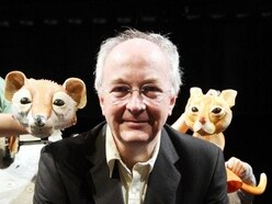 Philip Pullman says reading fiction can provide 'comfort' in uncertain world
