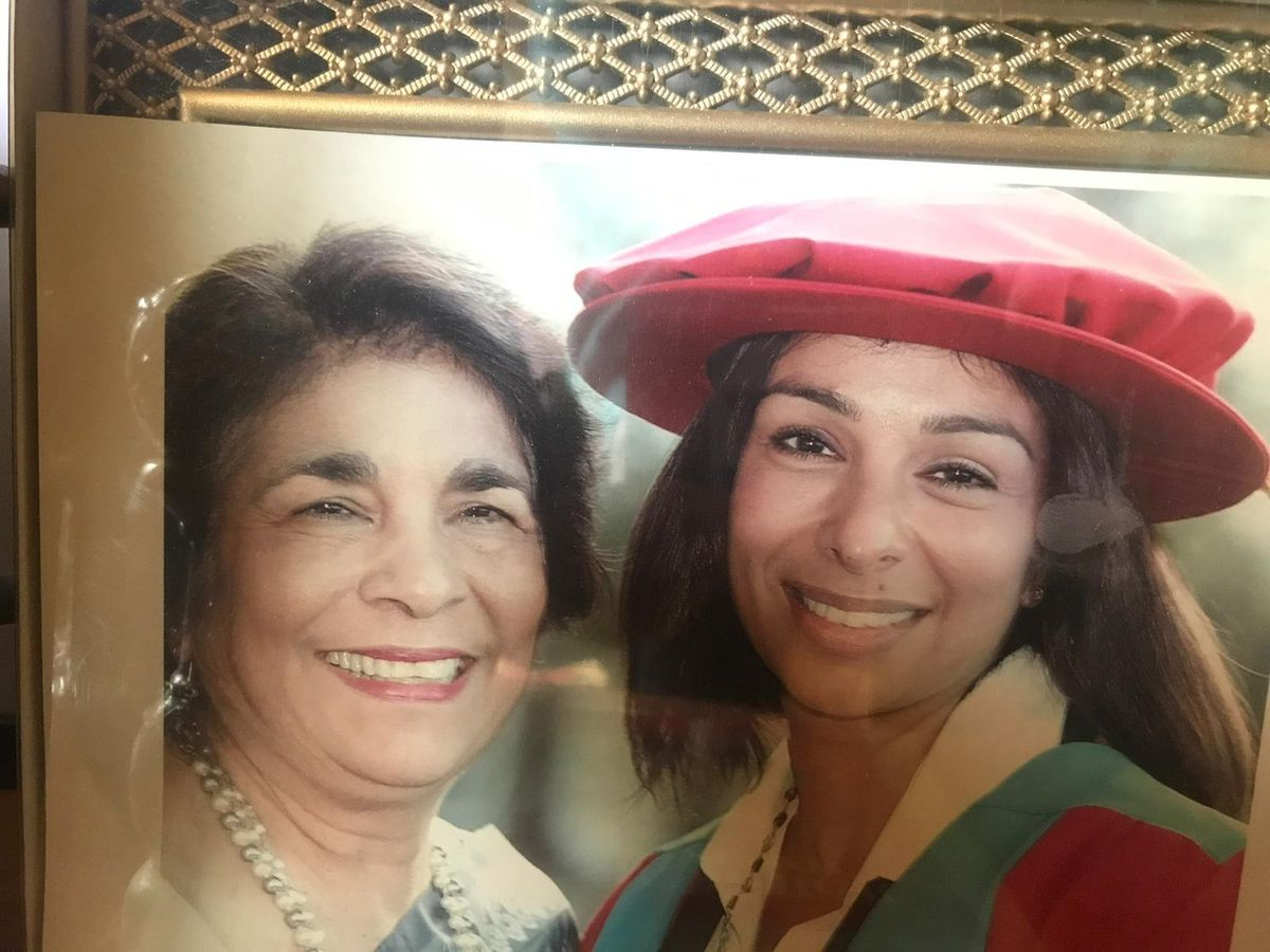Shobna Gulati with her mum. Photo: Shobna Gulati