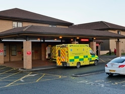 Telford A&E closure plan 'is ludicrous' - health boss