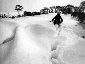 Shropshire weather: 1982 was snow joke - your memories and old photos
