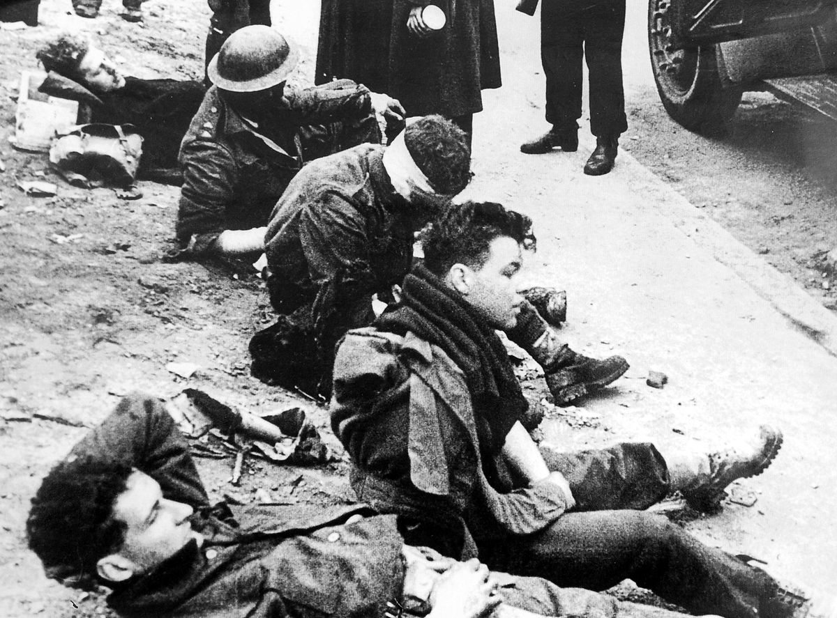 Bill 'Tiger' Watson and his colleagues after they were captured by the Germans