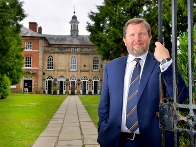 Former Dragon's Den star Nick Jenkins offers advice to Newport pupils - with video