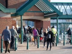 Morrisons promises £1,000 bonus to frontline staff