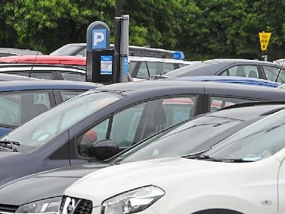 Lower parking charges could benefit struggling high street, councillor claims