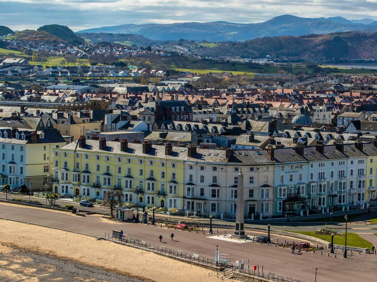 Wales Considering Quarantine Restrictions For Uk Citizens Under Lockdown Shropshire Star