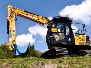 Brief.  Ridgeway Rentals Ltd have taken a large number of JCB excavators in a £2million plus deal.    Date.   02.0517.