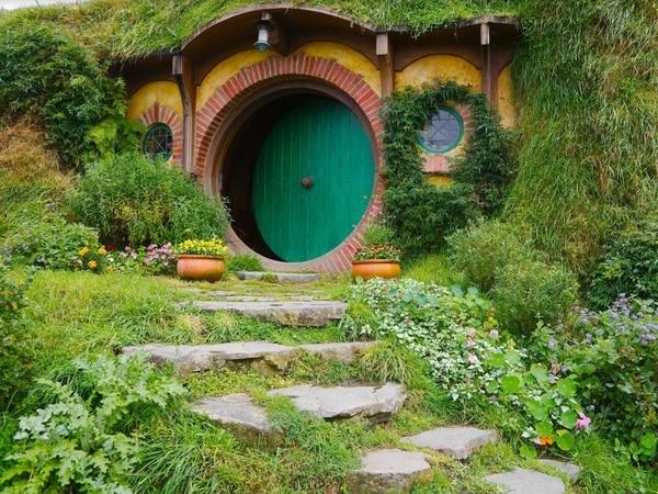 Underground Hobbit-style lodges plan for fishery near Shrewsbury