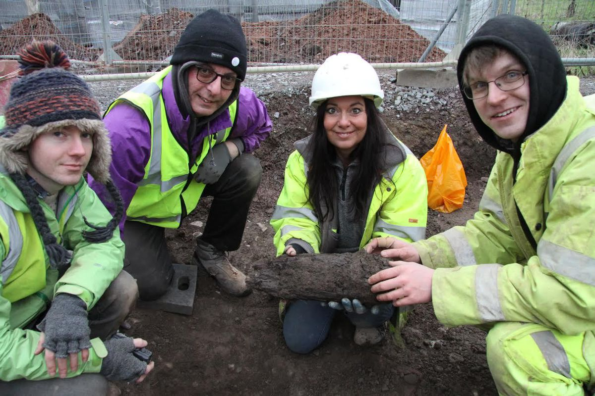 Janey and her team uncover the post