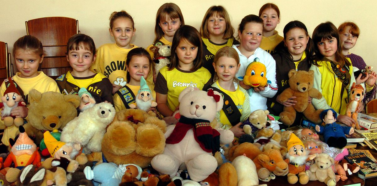 The 1st Ketley Brownies at their Christmas fair, in aid of the Hope House Hospice at Ketley Methodist Church in 2004.