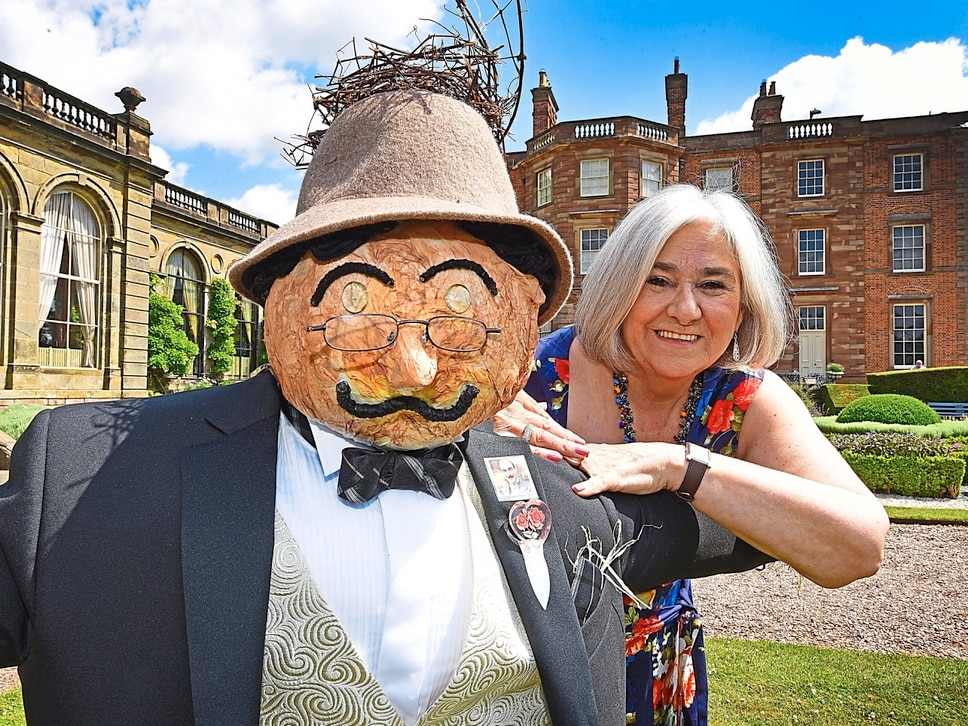 Fantastic scarecrows the best in their field - with video and pictures