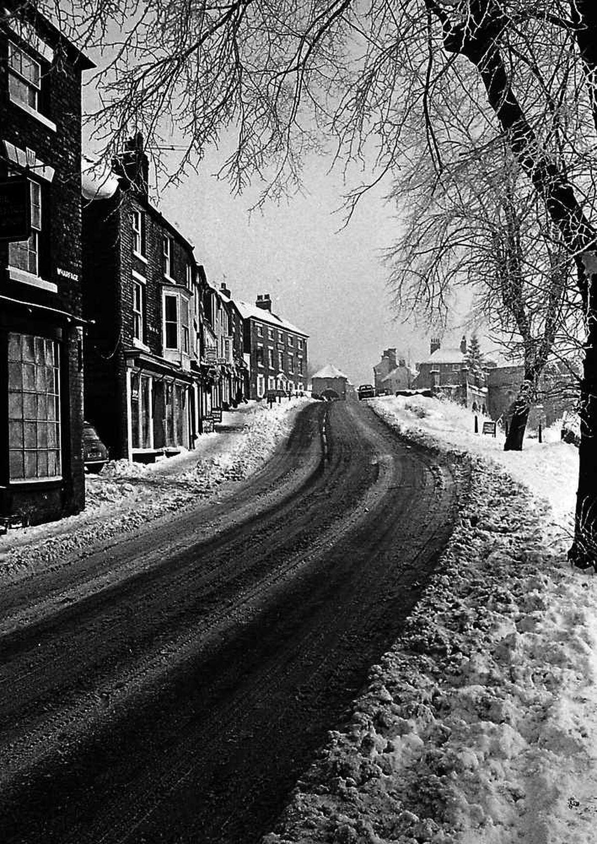 Paul Morstagg-Higgs' snowy Tontine Hill in Ironbridge
