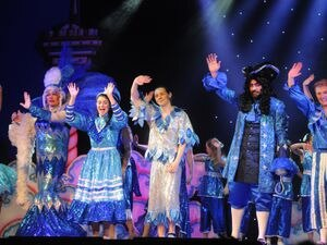 LAST PIC DAVID HAMILTON PIC SHROPSHIRE STAR PIC  6/12/2017  Peter Pan cast members, on stage, at Oakengates Theatre, Telford..
