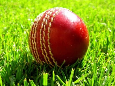 Shropshire need 55 runs to clinch victory against Cornwall