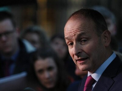 Ireland's main opposition party extends deal with government