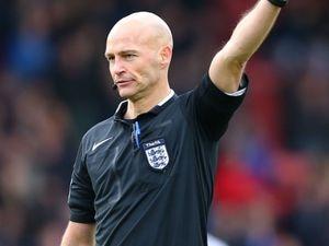 Referee Darren Drysdale.