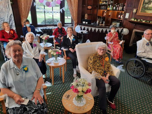 Church wedding live streamed to Essex care home so Nana can see her grand-daughter walk down the aisle
