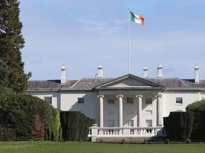 Who are the six candidates vying for Ireland's presidency?