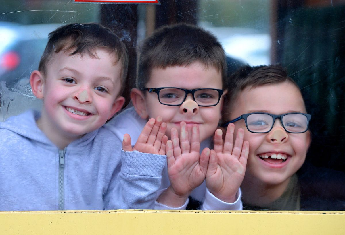 Steam Gala at Severn Valley Railway's Kidderminster Station..Children have fun as they get set for a journey