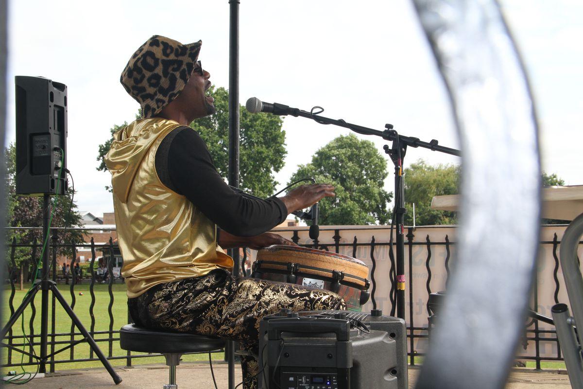 Felix Ngindu's African drumming