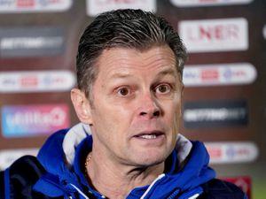 Shrewsbury Town manager Steve Cotterill (AMA)